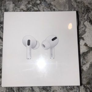 Apple AirPods Pro BRAND NEW!!